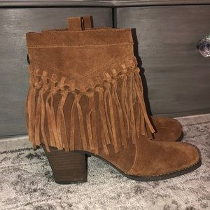 Sbicca fringe leather cowboy boots